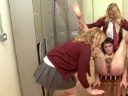 schoolgirls-fingering (1)
