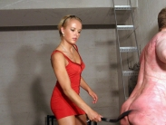 young-femdom-mistress-07