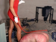 young-femdom-mistress-03